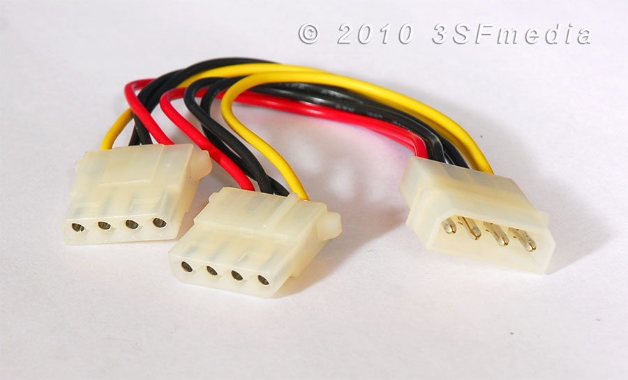 Adapter - 4 Pin Male to Two 4 Pin Female Connectors > 3SF Media